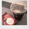セブンイレブンのガトーショコラとアイスコーヒーを食べました。